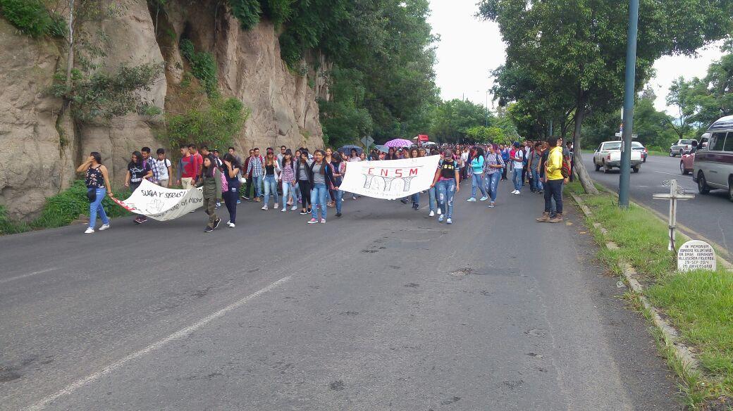 Maestros bloquearán las cuatro salidas de Morelia, marcharán al Centro Histórico