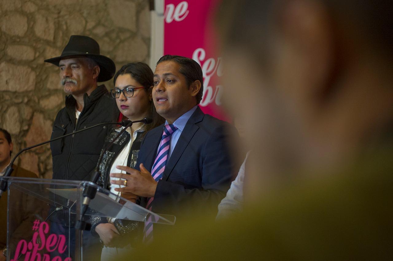 Daniel Moncada hace oficial su renuncia a Movimiento Ciudadano