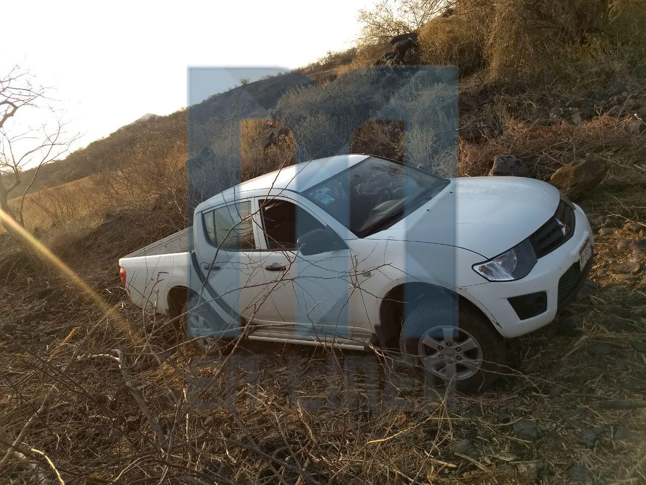 Localizan la segunda camioneta del INE robada en Apatzingán