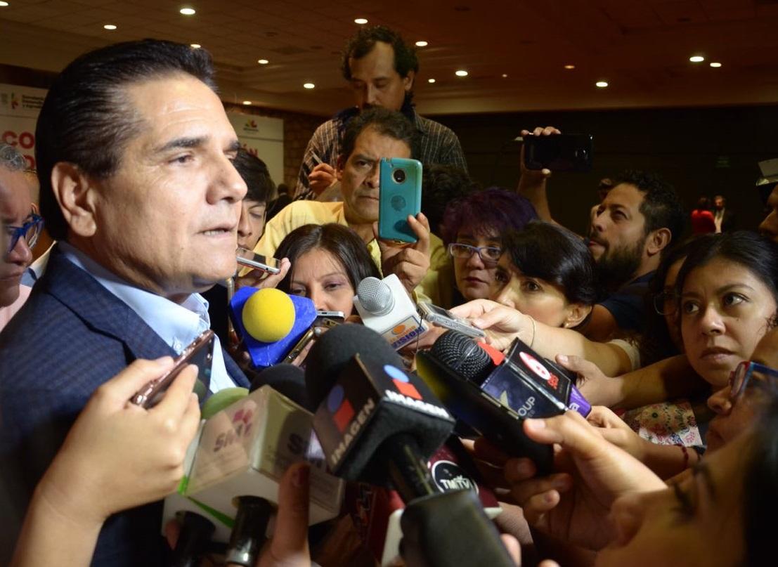 Los gobernadores no tenemos intermediarios: Silvano