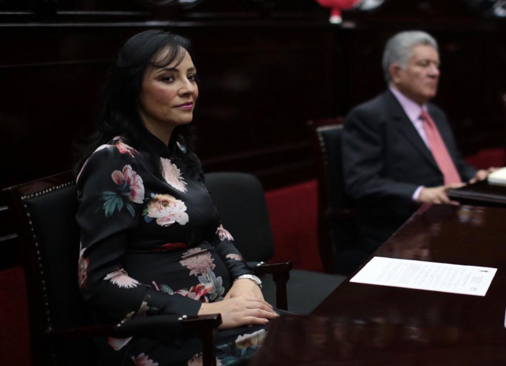 """Buscará Adriana Hernández crear """"Día Estatal contra el Cáncer de Mama"""""""