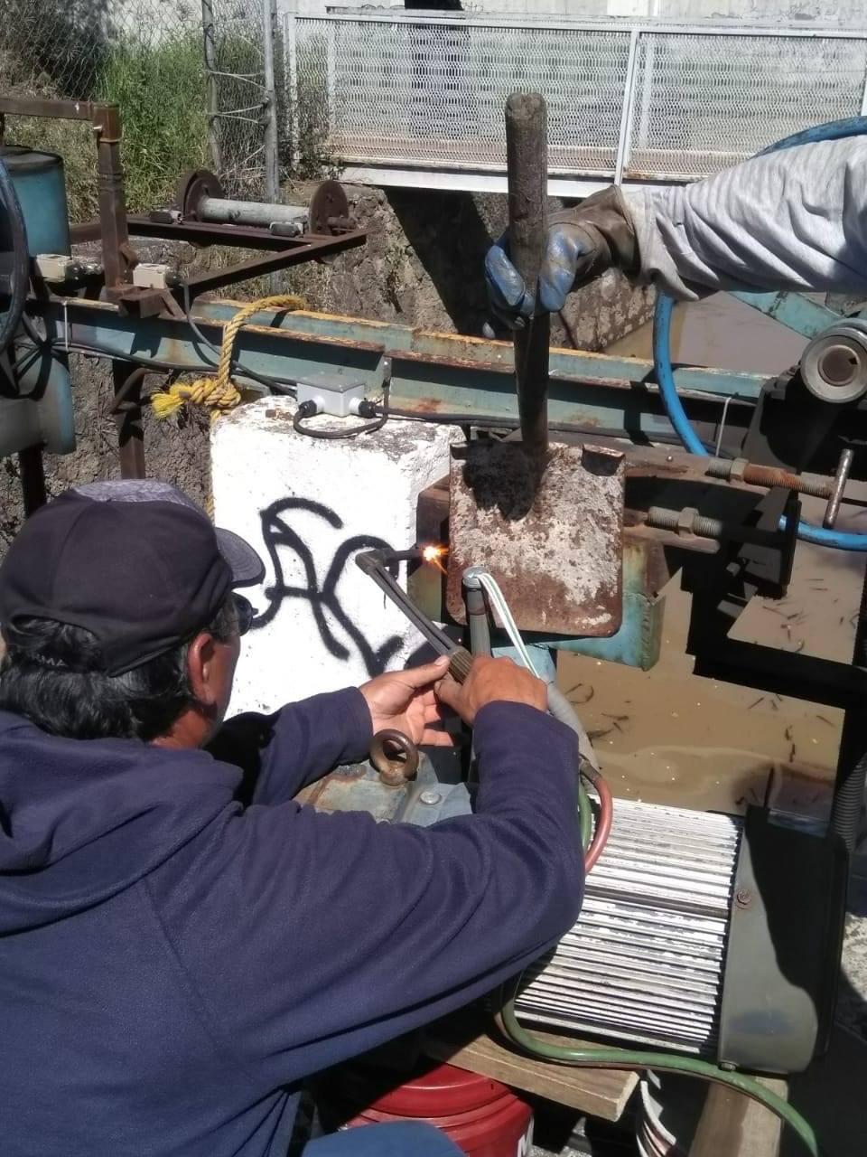 Se restablece el servicio de agua en las colonias de Morelia.