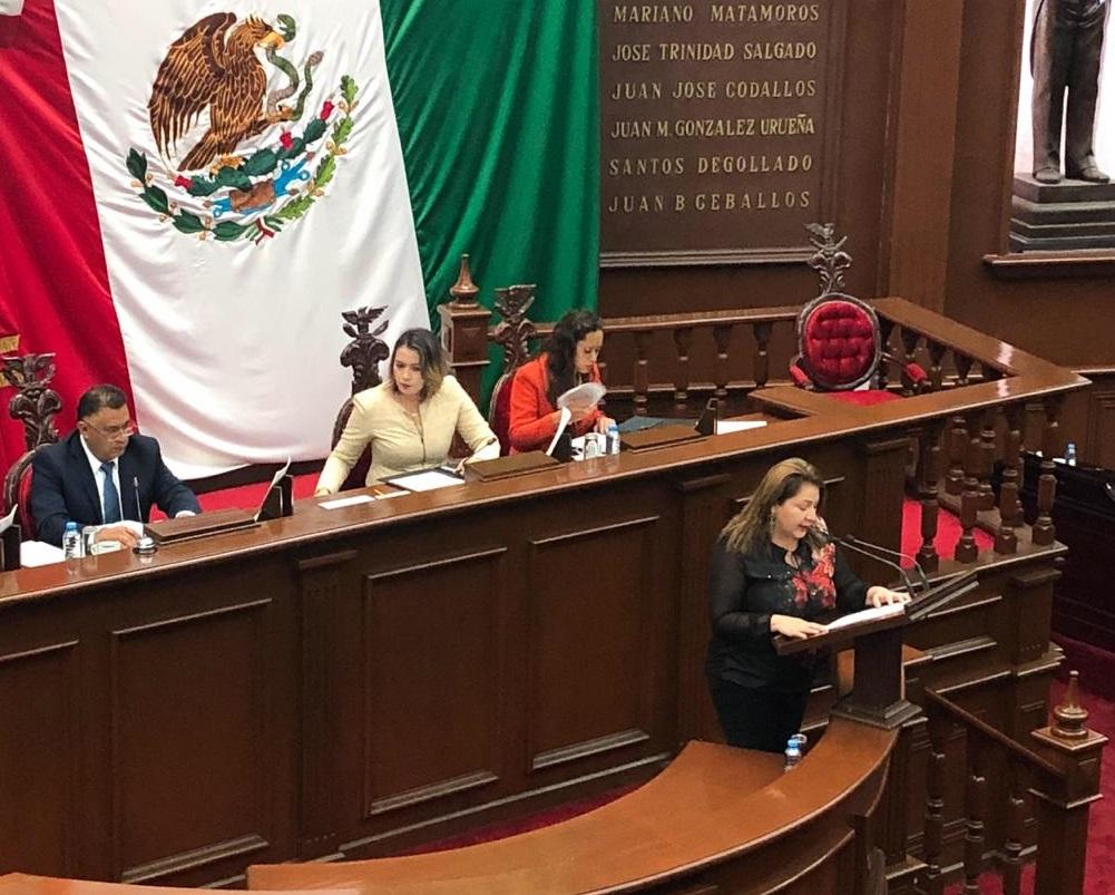 Diputados locales de Michoacán ganan más que el gobernador
