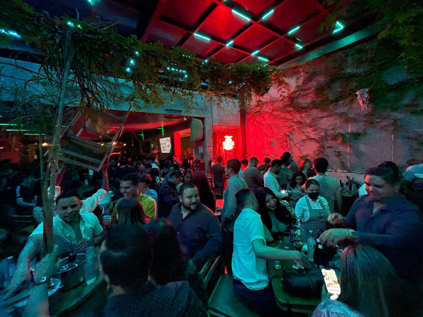 Bares y restaurantes aumentarán horario y aforo en Morelia